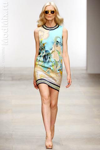 Платье из коллекции Holly Fulton