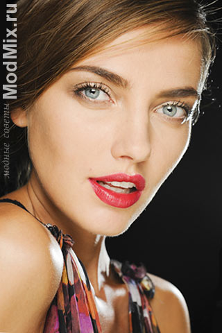 Модный роскошный макияж