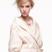 Модный плащ Nina Ricci
