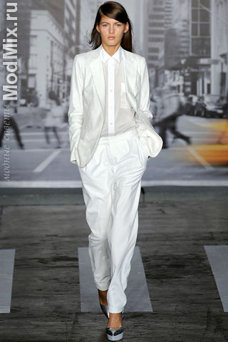 Одежда в стиле унисекс из модной коллекции DKNY