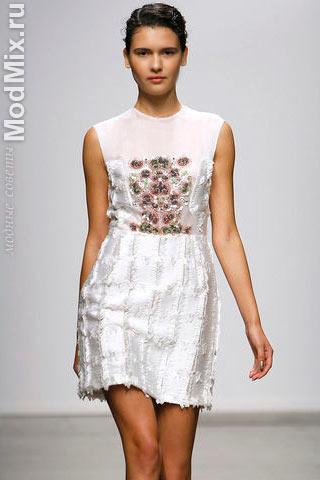 Летнее платье с блеском